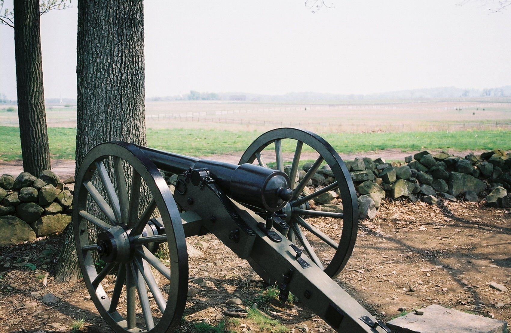 Cannon near Gen. Pickett's line