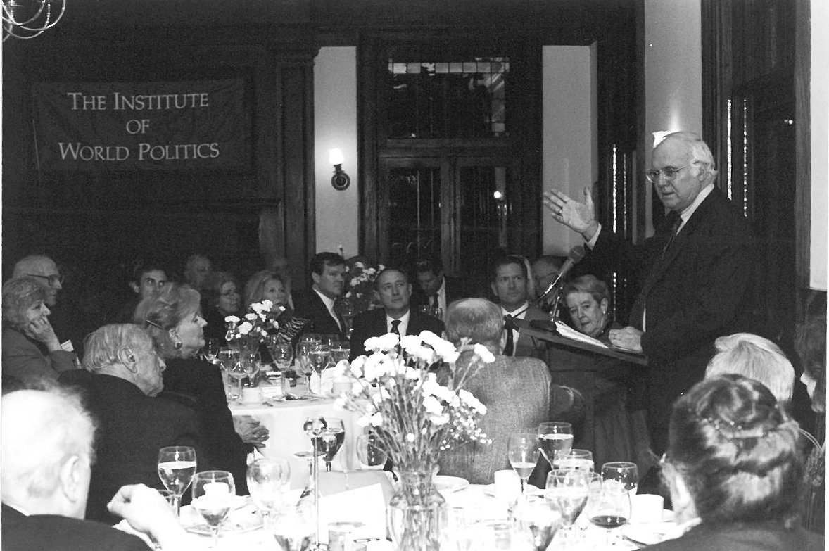Michael Novak speaks at IWP, 2001