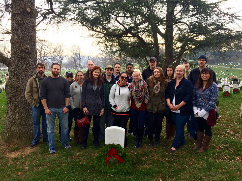 Alumni and students visit grave of General Jajko