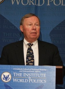 Prof. Ken deGraffenreid discusses Reagan and American intelligence, spring 2011