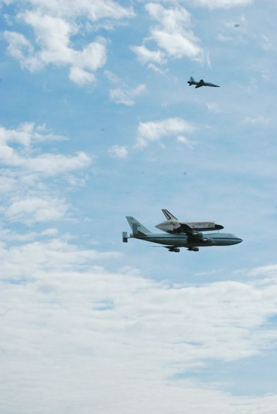 Space Shuttle Discovery, Photo by David Roush, Terra Nova Imaging (3)