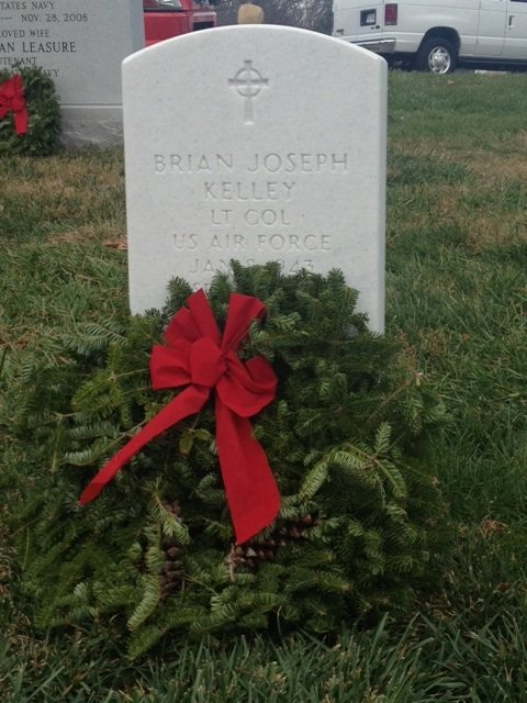 IWP students lay wreaths on graves at Arlington National Cemetery 3