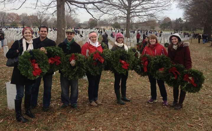 Student Government Association Wreath Laying 444x718