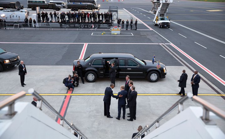 Amb. Eerik Marmei greeting President Obama in Estonia, Photo courtesy of the White House