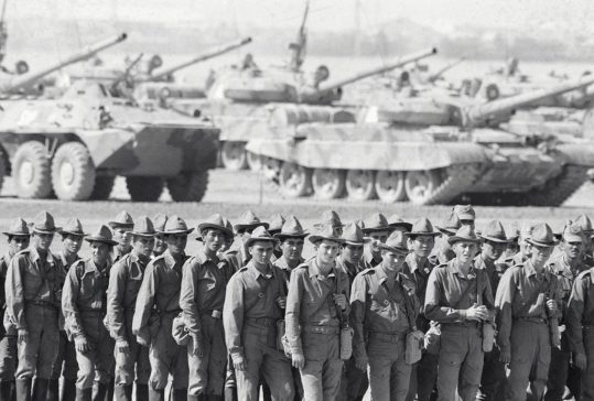 Soviet troops withdrawing from Afghanistan in 1986