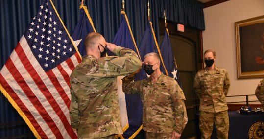 Steinhauser saluting MG Bodisch, TXSG OCS Graduation Class 20